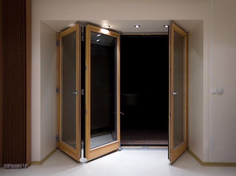 bi-fold doors hayes